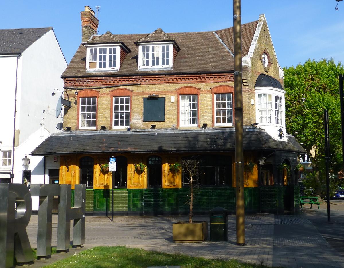 decorative arts and crafts pub